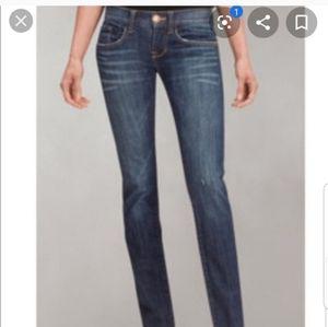 CABI #513 Boyfriend Distressed Raw Hem Jeans